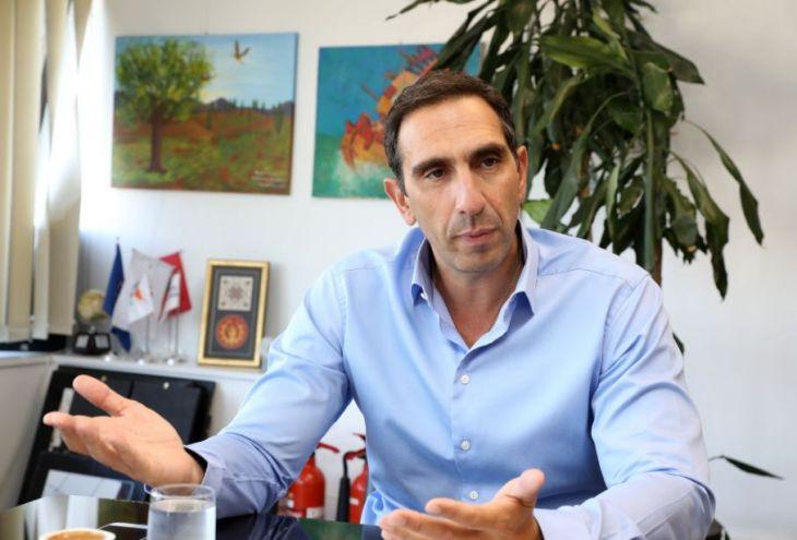 Глава минздрава Кипра опроверг первую смерть от коронавируса