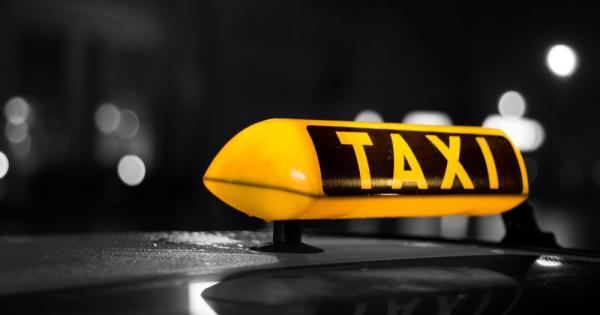 Истории кипрских таксистов: необычные находки в такси