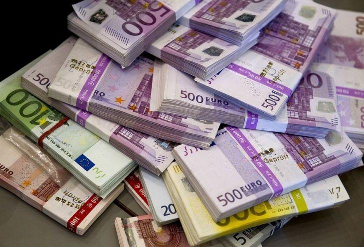Во время обыска в Лимассоле найдены 300 660 евро
