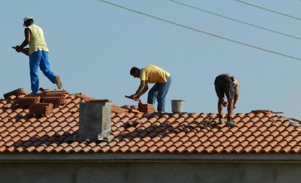 Полиция задержала 25 строителей без трудовых виз - Вестник Кипра