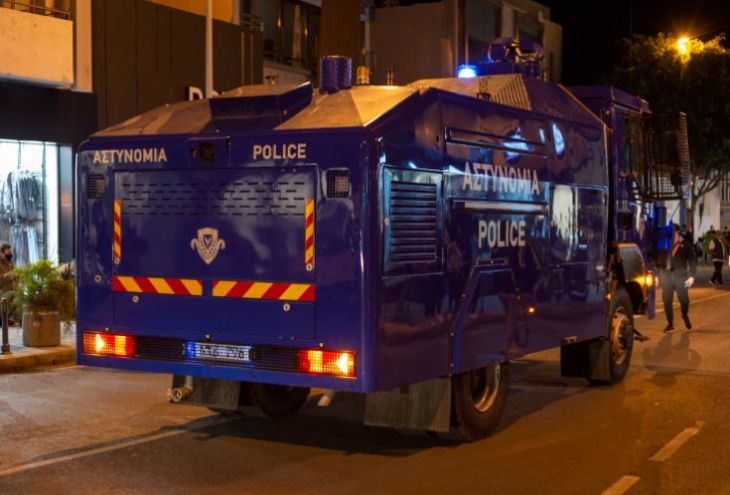 Полиция Кипра получит пять бронемашин для подавления массовых беспорядков