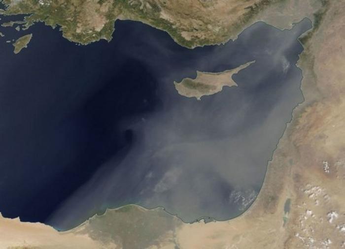 На Кипре не избежать пыльных бурь