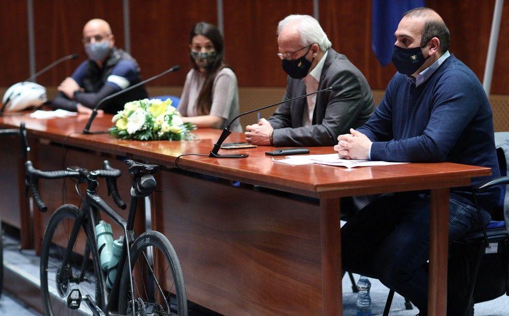 Минтранс призывает пересесть на велосипеды - Вестник Кипра