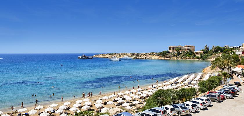 Туризм продолжает кормить экономику Кипра | CypLIVE