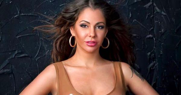 Бывшая порноактриса обвенчалась на Кипре и представила сексуально-политическую предвыборную программу на пост президента России (видео)
