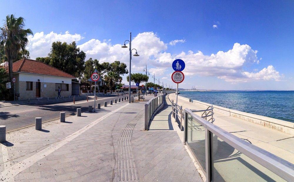 Туристов все меньше и меньше - Вестник Кипра