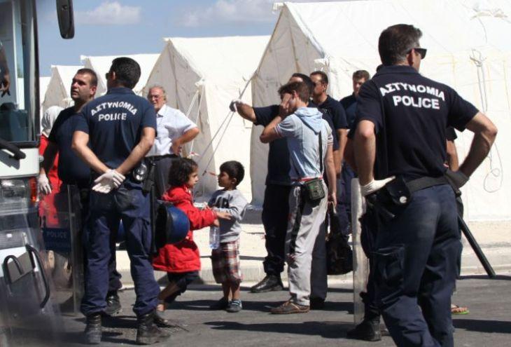 В Лимассол приехали на машине пять беженцев из Ирака