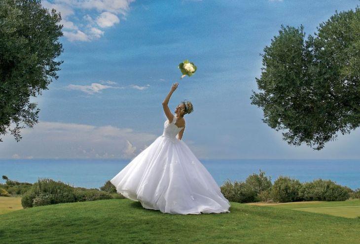 Кипр — первый по числу свадеб в ЕС!