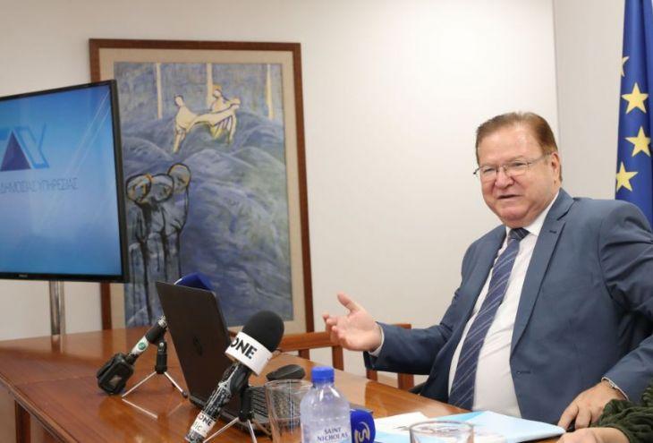 95% кипрских чиновников трудятся на «отлично». Что с этим не так?
