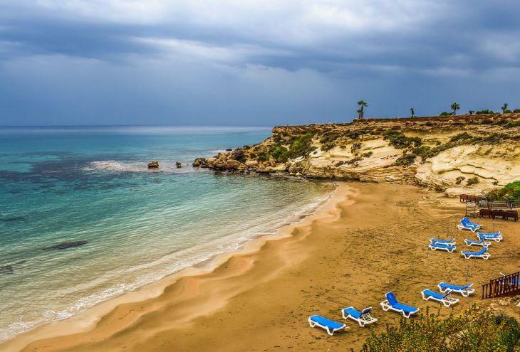 Середина апреля на Кипре: желтые дожди, пыльные бури и похолодание