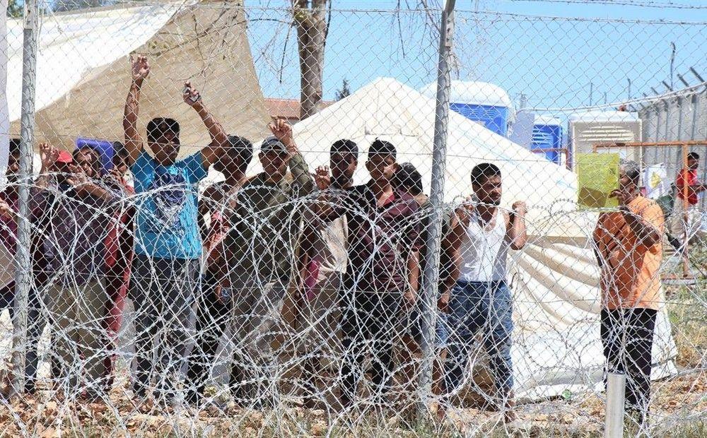 Вестник Кипра - Беженцы устроили массовую драку