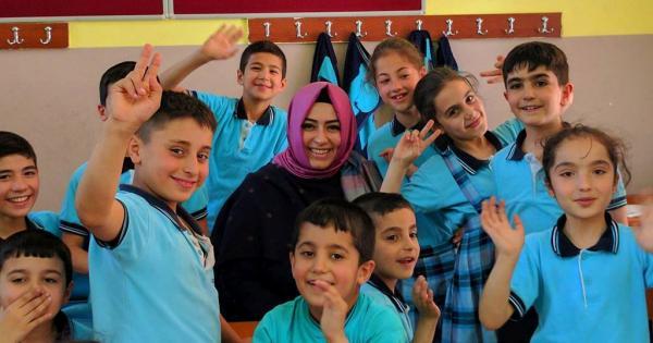 Турция пошлет 167 учителей на Кипр