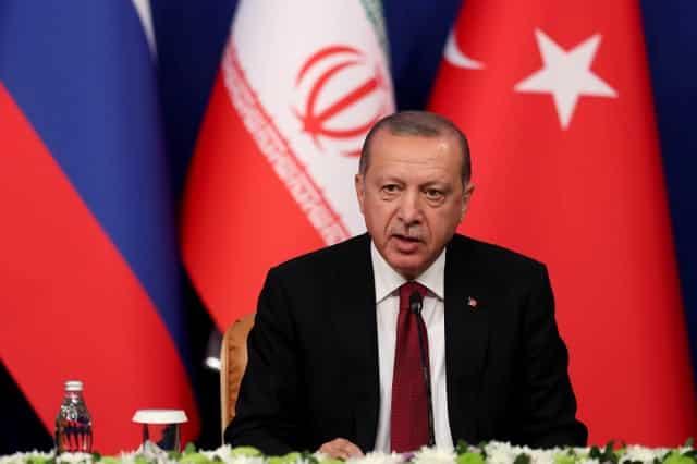 Эрдоган угрожает увеличением численности войск на севере