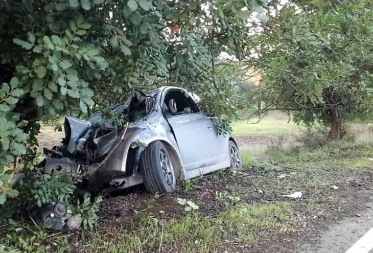На шоссе Ларнака ‒ Айя-Напа перевернулся автомобиль