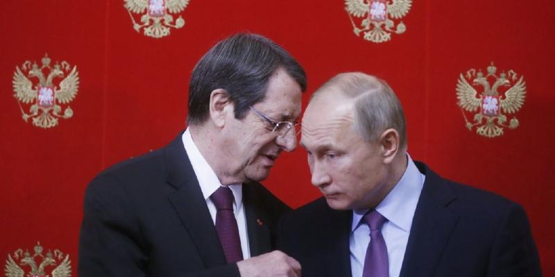 Путин рассказал о реакции Анастасиадиса на изменения в налоговых отношениях