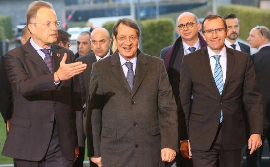 В Женеве начались межобщинные переговоры по воссоединению острова - Вестник Кипра