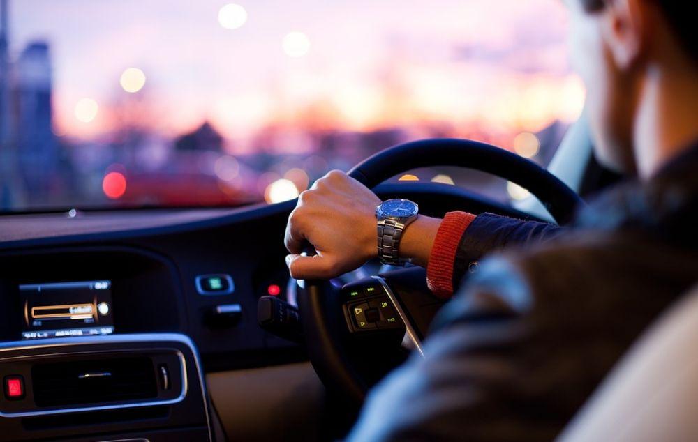 Сдавать на права под GPS-наблюдением - Вестник Кипра