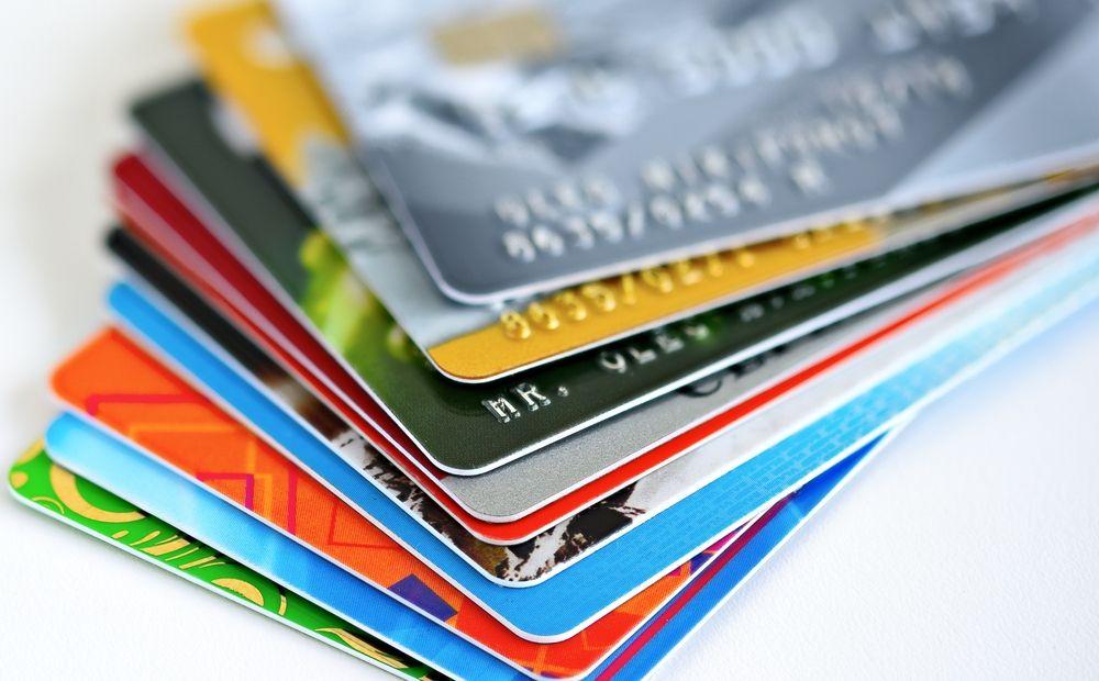 «Красные кредиты» душат Кипр - Вестник Кипра