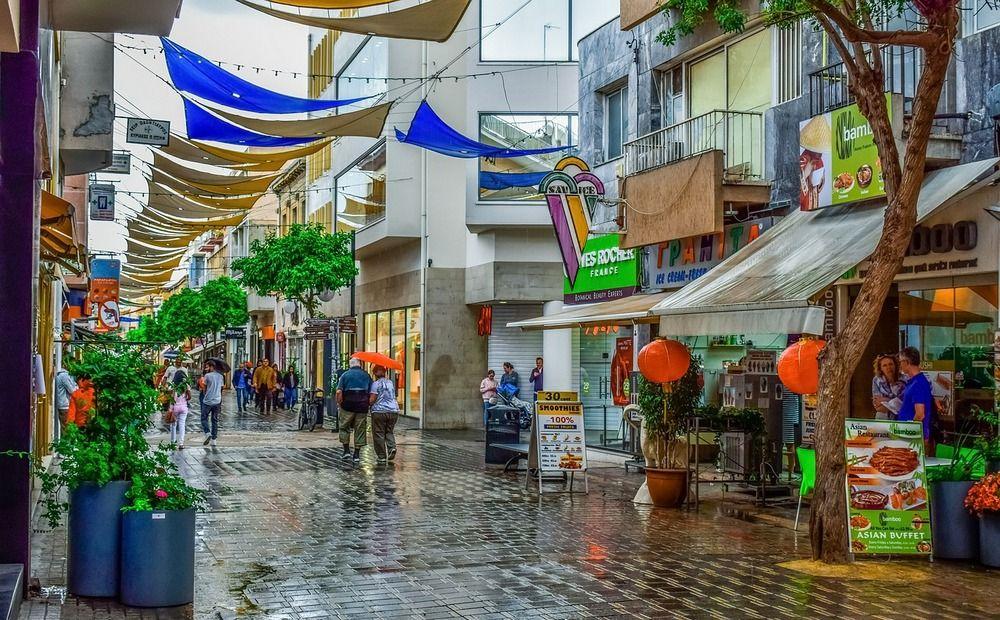 Торговые улицы пустеют несмотря на низкую аренду - Вестник Кипра