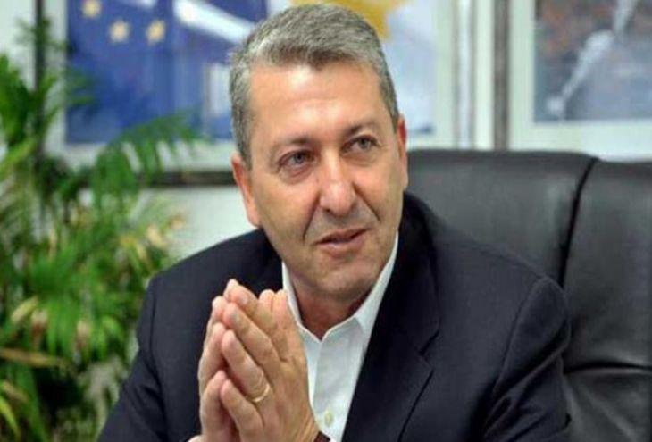 Кандидат в президенты Кипра оштрафован на 500 евро за звонок и смс-ку избирателю