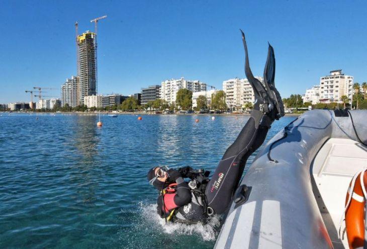 Морская полиция провела генуборку дна моря у берегов Лимассола