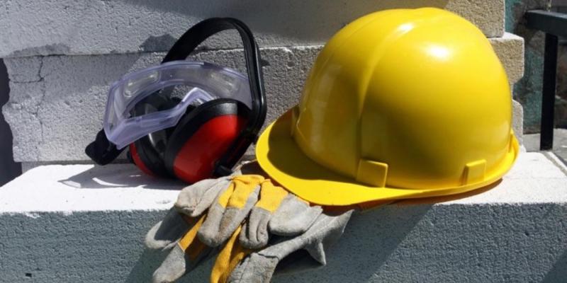 В Лимассоле рабочий сорвался со строящегося здания