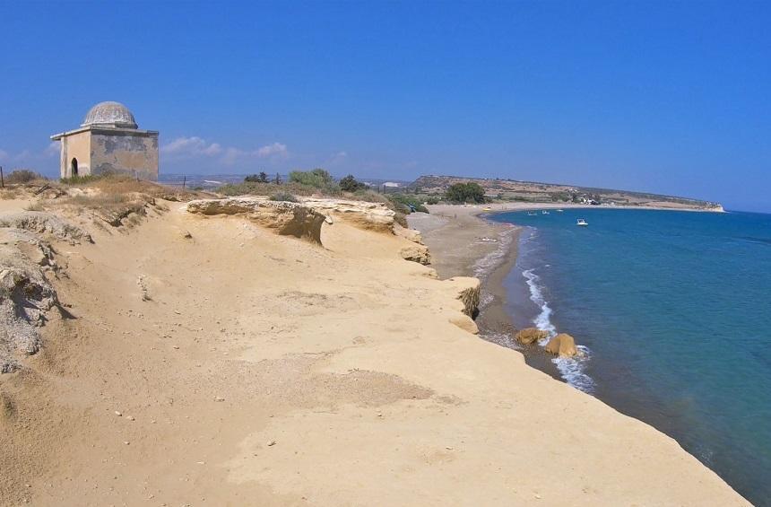 Загадки построек пляжа Авдиму - Вестник Кипра
