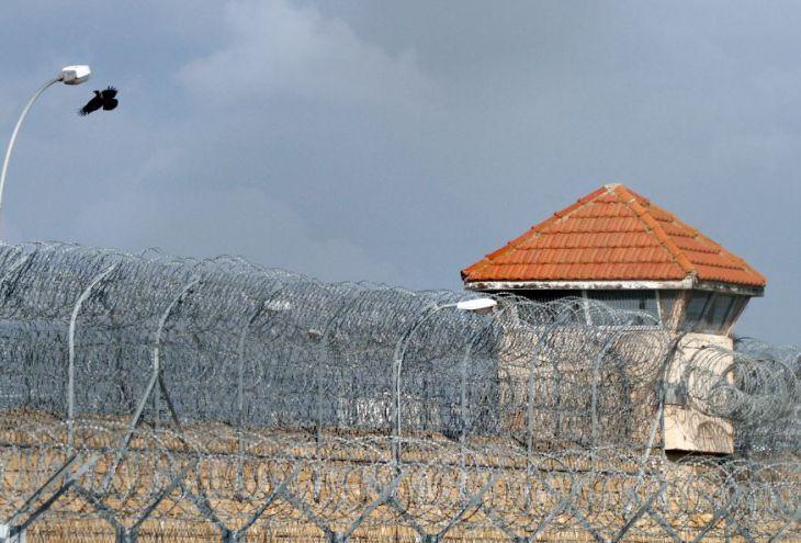 Домогавшегося девочек на улицах Никосии 33-летнего киприота посадили на 16 месяцев