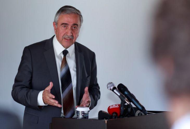 Турция вынуждает Акынджи уйти в отставку
