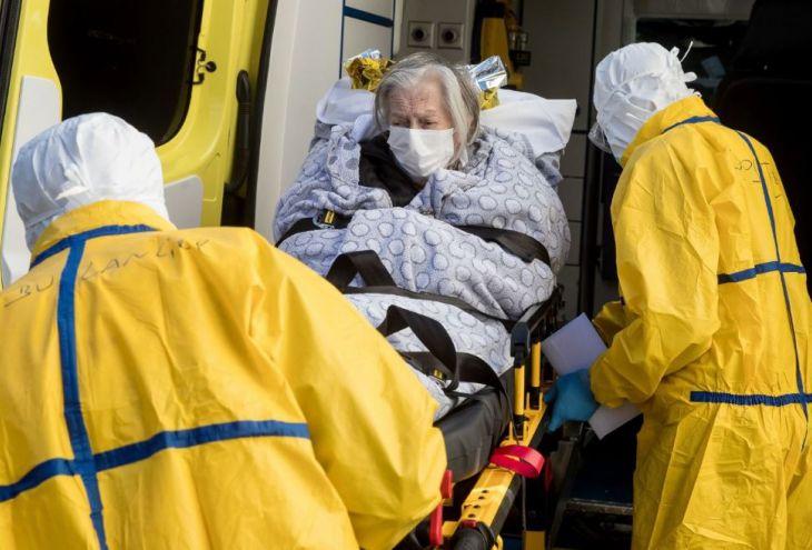 В карантине уже десятки кипрских врачей и медсестер. Потому что пациентов не проверяют на коронавирус