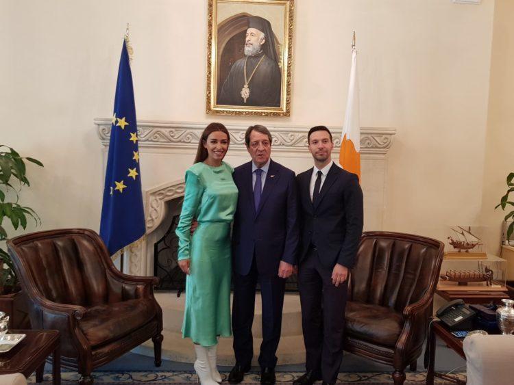 Президент встретился с Eleni Foureira