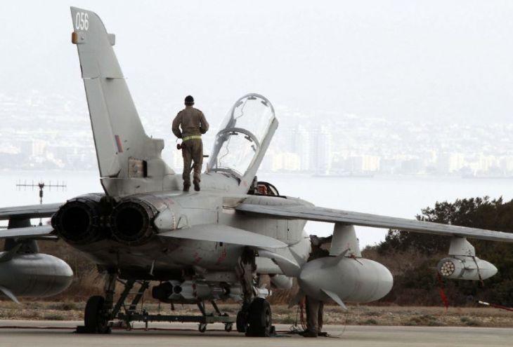 И все-таки Великобритания готовит удар по Сирии. Самолеты взлетят с Кипра…