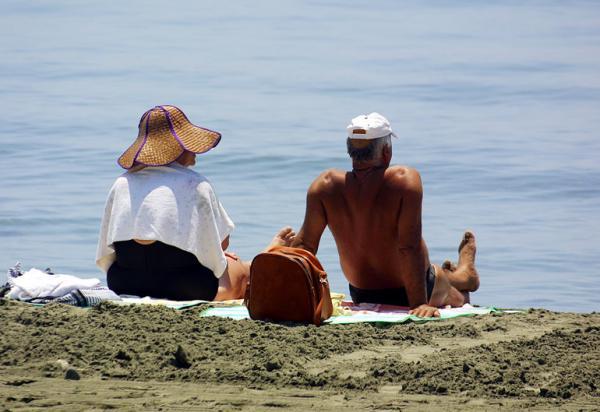 Английская диаспора Кипра : «Не поддавайтесь панике. Кипр безопасное место для отдыха»