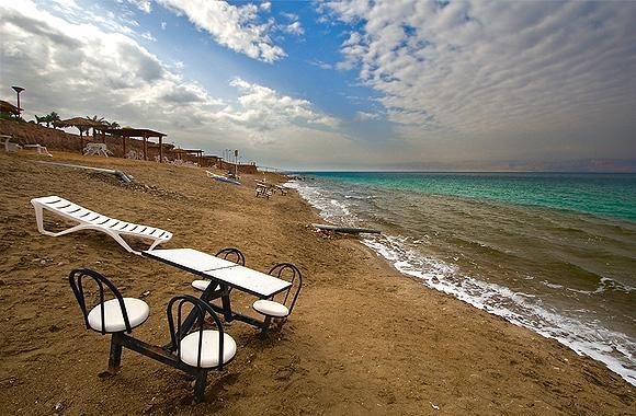 Резкий обвал рубля серьезно ударит по туризму на Кипре