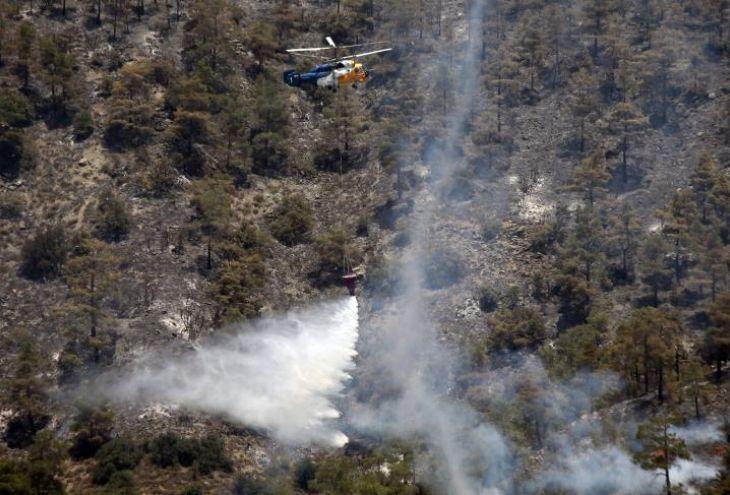На западе Кипра с разницей в пять минут вспыхнули два пожара