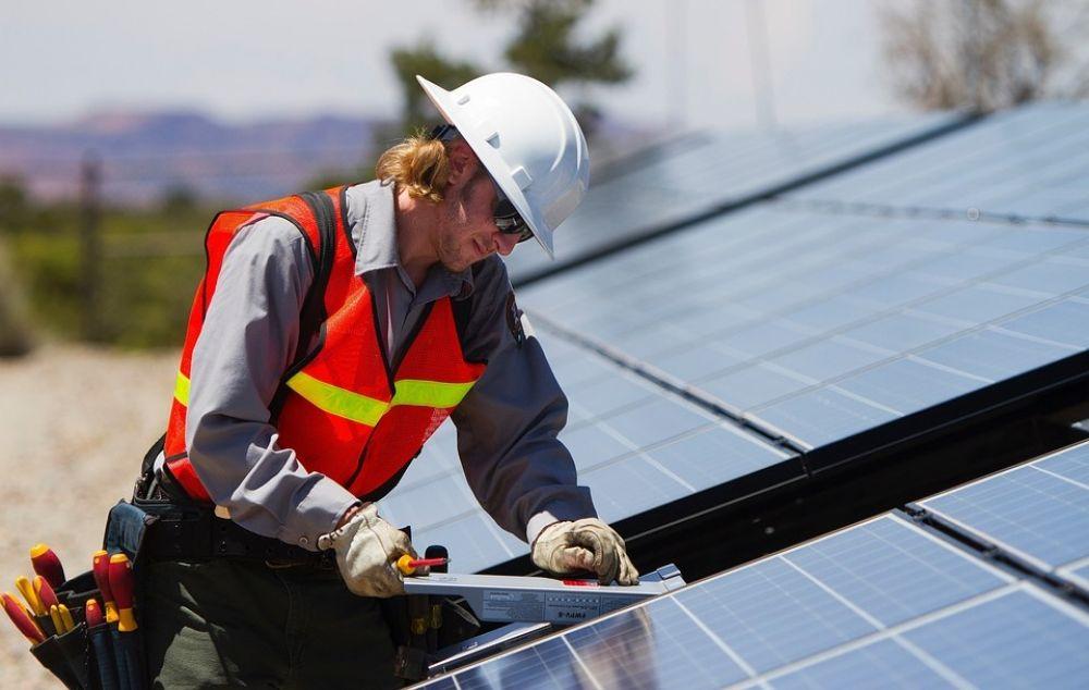 Государство оплатит солнечные панели и теплоизоляцию - Вестник Кипра