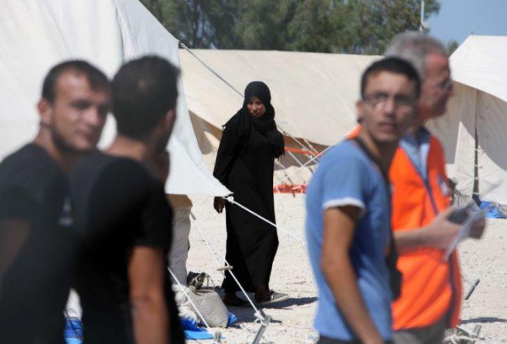 36 беженцев высадились на севере Кипра и пришли на юг
