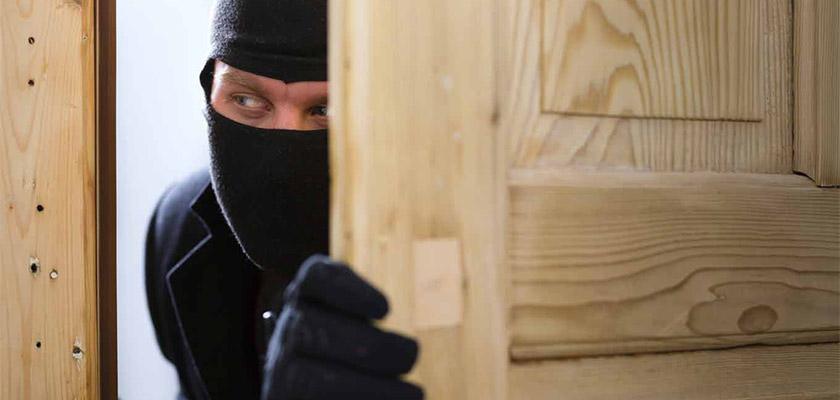 Полиция Кипра просит граждан защитить свои дома от воров | CypLIVE