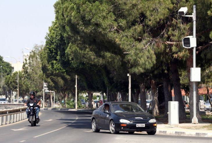 Камеры на дорогах Кипра хотят установить пять компаний