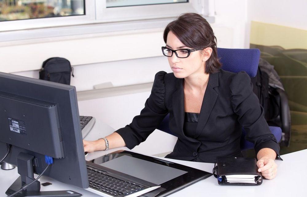 Кипру нужно больше женщин на госслужбе - Вестник Кипра