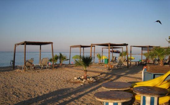 Три пляжных бара для Героскипу - Вестник Кипра