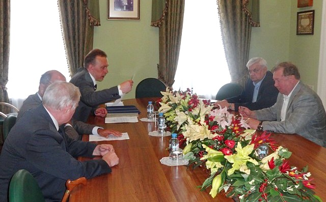 Встреча в Центре ИППО - Вестник Кипра