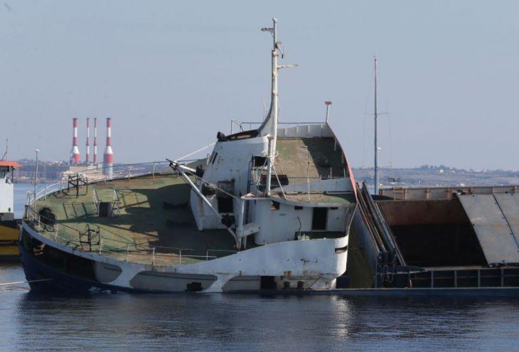 У берегов Ларнаки затопили «Эльпиду» (видео)