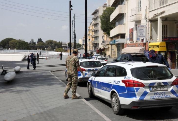 Глава МВД Кипра грозит ужесточением комендантского часа