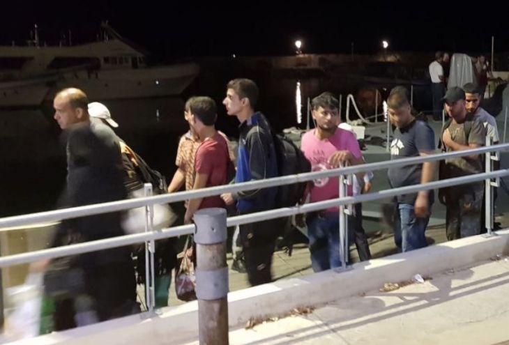 Власти ТРСК отправили в Турцию 51 сирийца