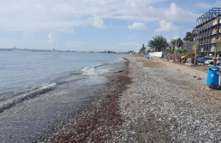 В первый день открытия пляжей утонул человек