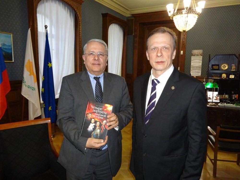 Визит в посольство Республики Кипр - Вестник Кипра