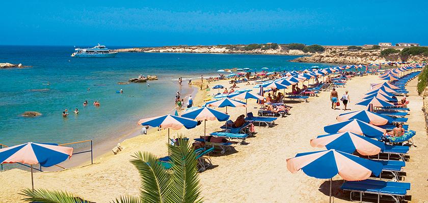 На муниципальном пляже Героскипу появятся три бара | CypLIVE