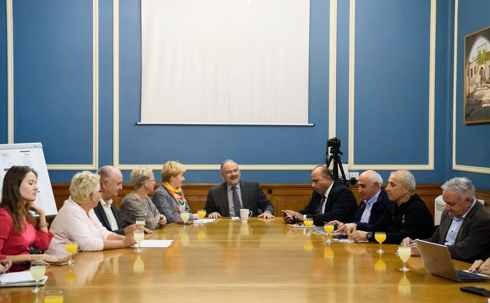 Мэр Лимассола: «Чистота города – наше общее дело» (видео) - Вестник Кипра