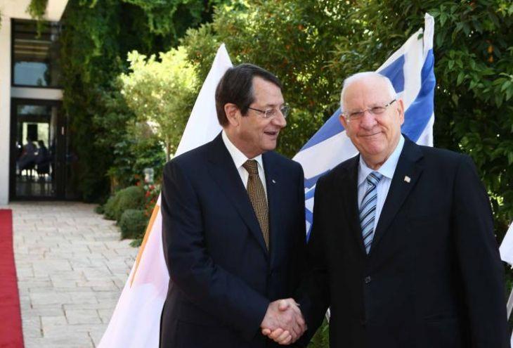 12 февраля на Кипр прилетит президент Израиля